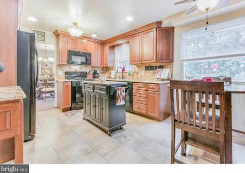 205 Holly Parkway - Photo 9
