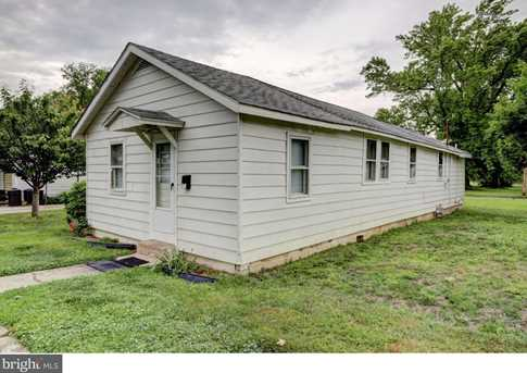 82 Castle Heights Avenue - Photo 1