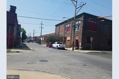 2101 W Clearfield Street - Photo 1