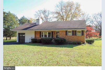 6028 Stovers Mill Road - Photo 1