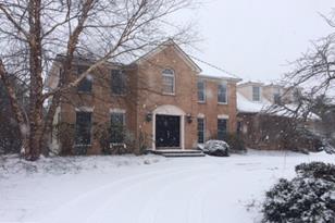 115 Pondview Drive - Photo 1
