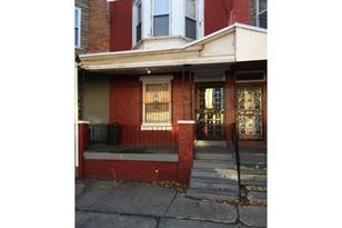 5004 Parrish Street - Photo 1
