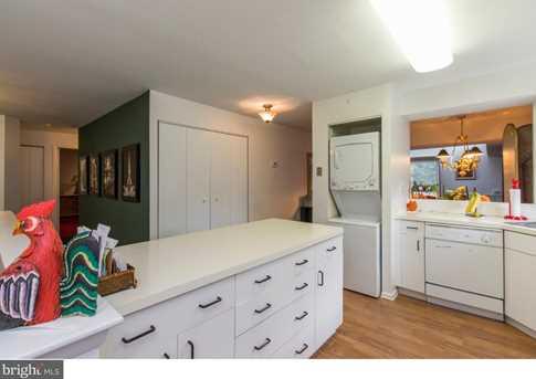 1750 Oakwood Terrace #4E - Photo 9