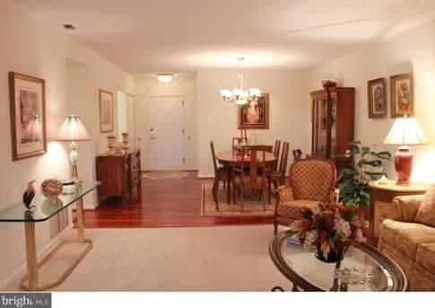 20532 Valley Forge Circle - Photo 9