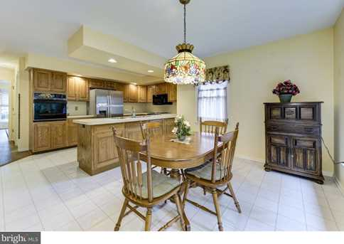 1 Willow Point - Photo 9
