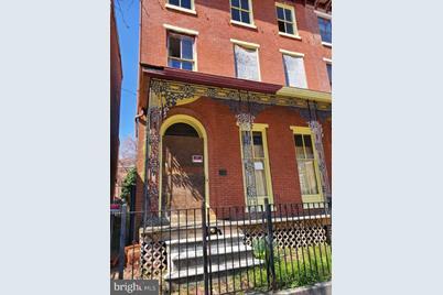 615 N West Street - Photo 1