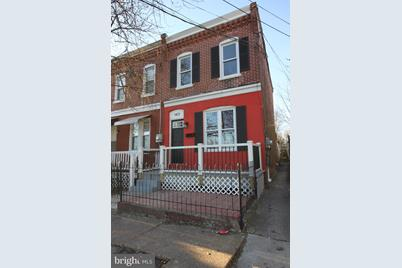 1401 Duncan Street - Photo 1