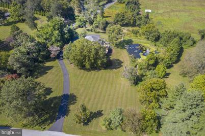 211 Haystack Lane - Photo 1