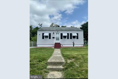 205 Hillview Avenue - Photo 1