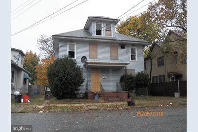 208-210 D Street - Photo 1