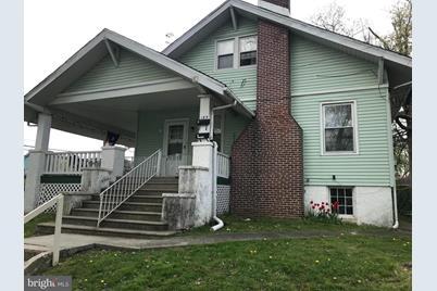 185 Elm Avenue - Photo 1