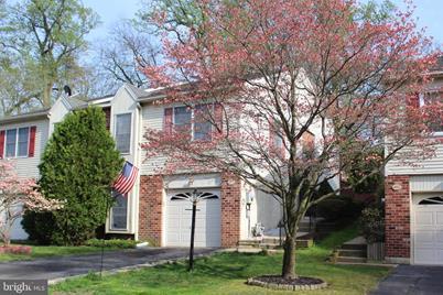 404 Willows Lane - Photo 1