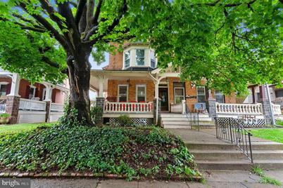 328 Columbia Avenue - Photo 1