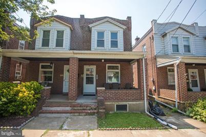 318 E Laurel Street - Photo 1