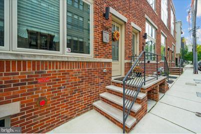 1704 Folsom Street - Photo 1