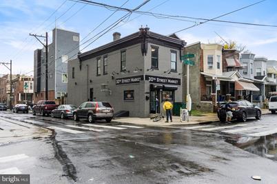 1400 N 30th Street - Photo 1