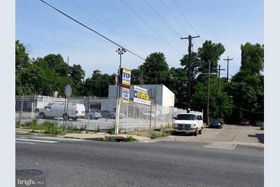 601 W Fisher Avenue - Photo 1