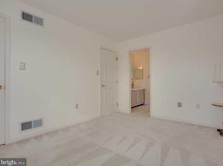 6600 Springford Terrace - Photo 17