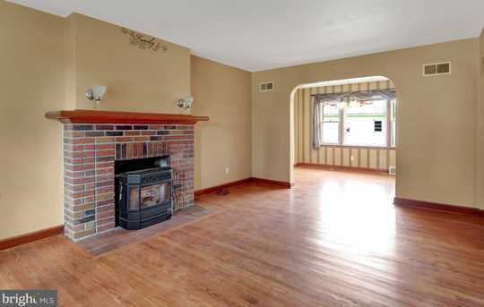 105 Claire Avenue - Photo 3