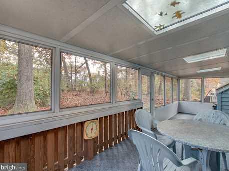 1033 Oak Knoll Drive - Photo 17