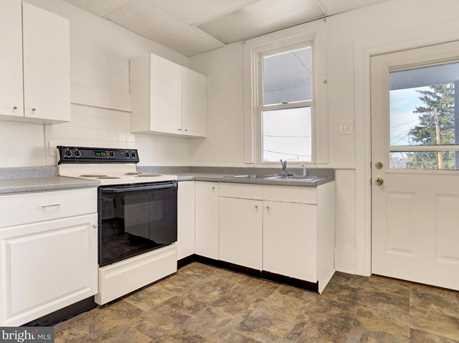 207 First Avenue - Photo 9