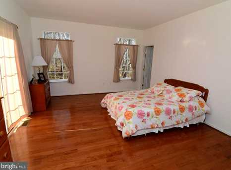 838 Lake Redman Court - Photo 15