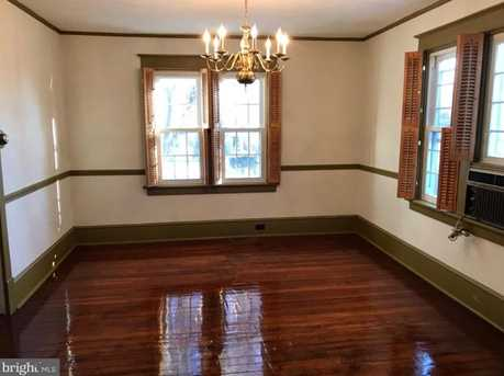 205 W Maplewood Avenue - Photo 7