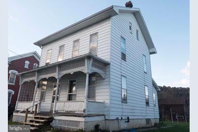 410 Snyder Avenue - Photo 1