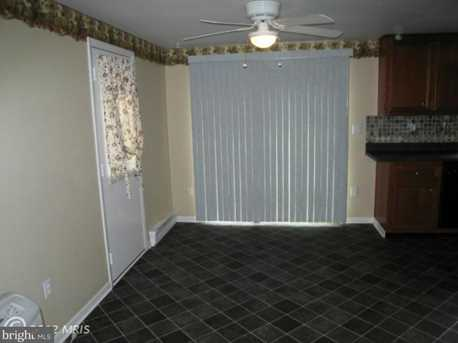 8591 Sheffield Manor Boulevard - Photo 7