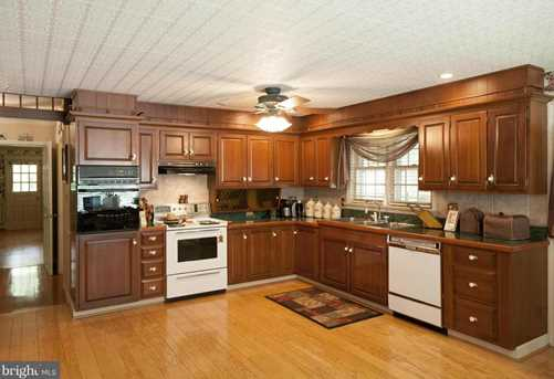 11737 Country Club Rd - Photo 9