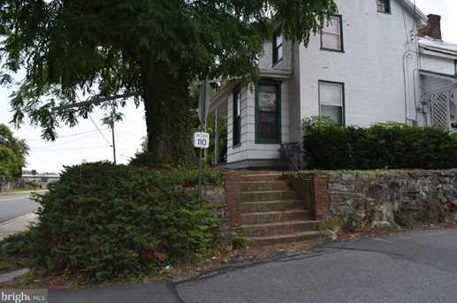 203 Carlisle Street - Photo 3