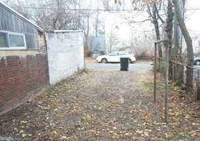 616 Maclay Street - Photo 3