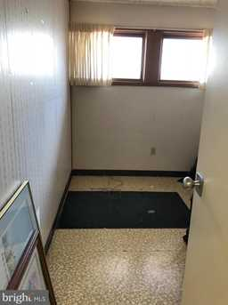 1035 Wayne Ave #SUITE C - Photo 23