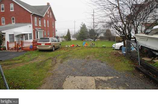 1052 E Gordon St - Photo 3