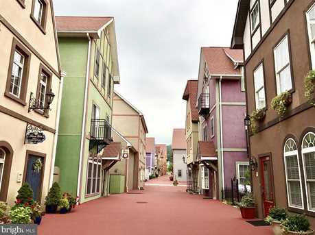 8 S Village Circle - Photo 19
