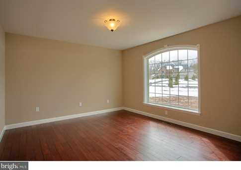 250 Spruce Dr - Photo 15