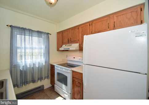 3143 Montrose Avenue - Photo 7