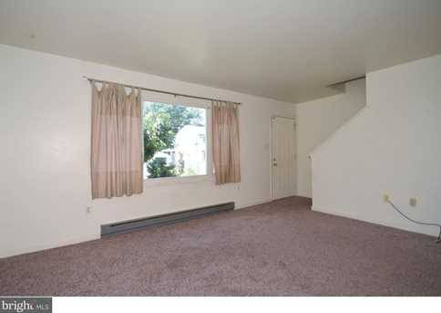 3143 Montrose Avenue - Photo 2