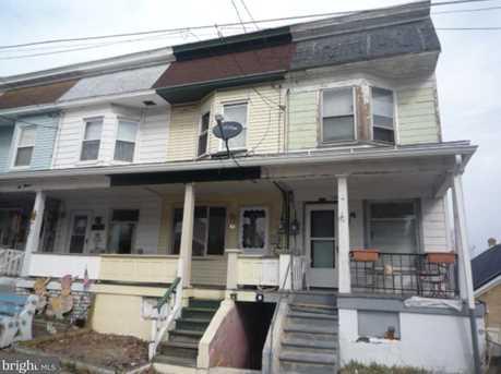 1011 W Willow Street - Photo 1