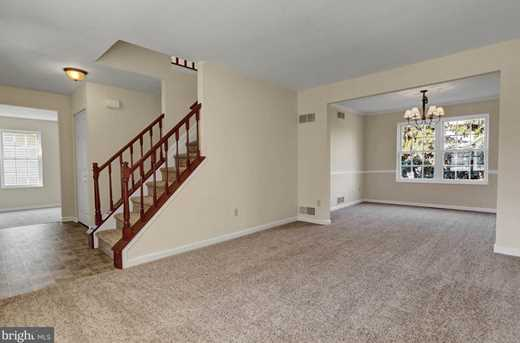 595 Constitution Drive - Photo 3