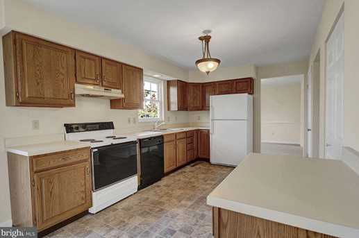 595 Constitution Drive - Photo 7