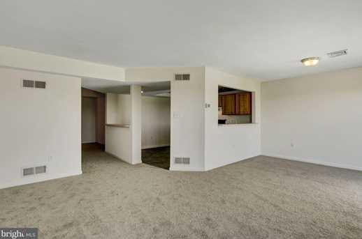6622 Springford Terrace - Photo 9