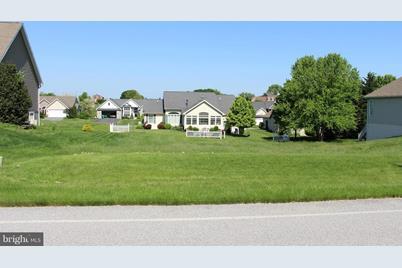 6176 Oak Leaf Lane N - Photo 1