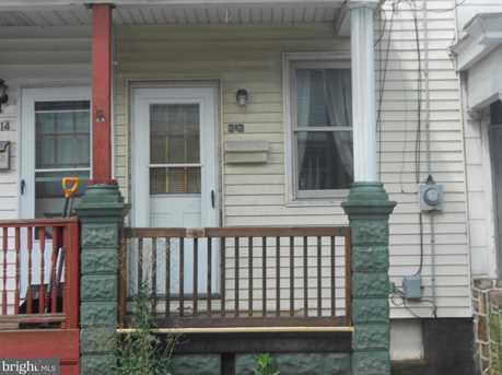 212 Lewis Street - Photo 1