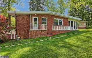 2820 Russell Road - Photo 5
