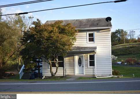 836 Bunting Street - Photo 1