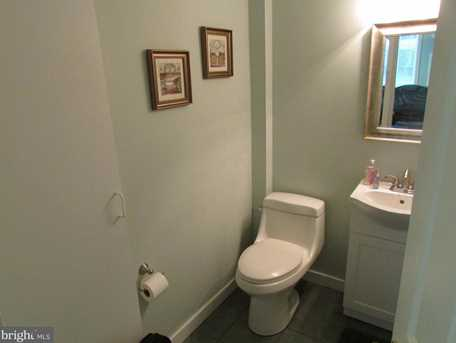 421 Guilford Avenue - Photo 9
