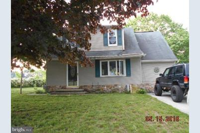 553 Chestnut Hill Road - Photo 1
