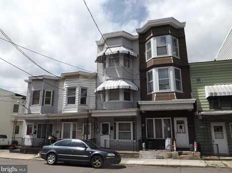 35 W Spruce Street - Photo 1