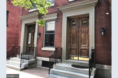 226 N Duke Street - Photo 1